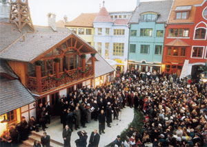The inhabitants assembled on the occasion of the passing of the Europe Place